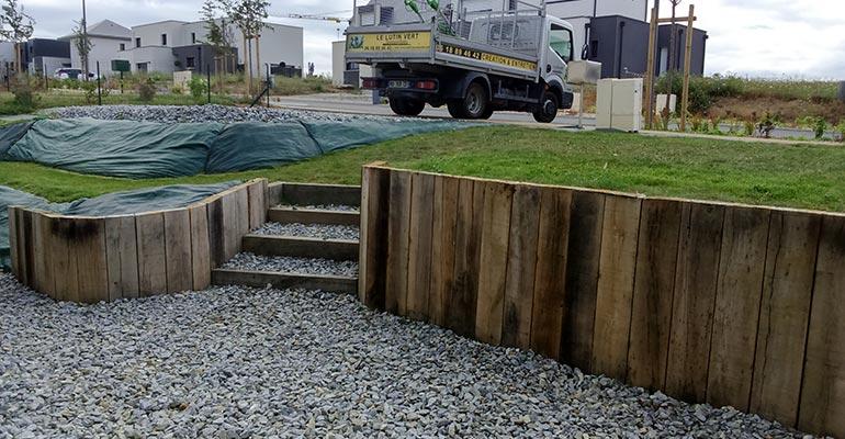 le lutin vert paysagiste r alise votre retenue de terre en ille et vilaine. Black Bedroom Furniture Sets. Home Design Ideas